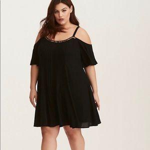 TORRID 1X Black Pleated Gauze Mini Dress